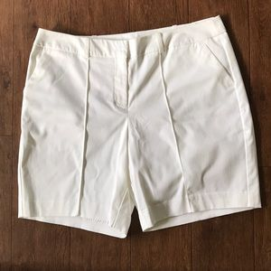 Pants - New! WORTHINGTON White Modern Fit shorts 10